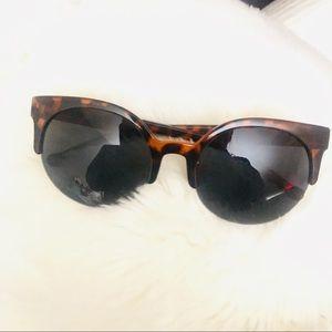 Other - Cheetah Print Fashion Retro Sunglasses